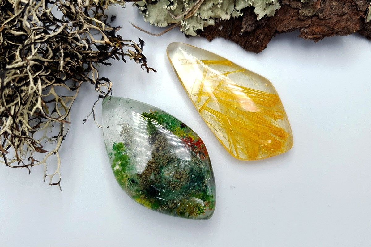 UV Resin Faux Moss Agate & Faux Rutilated Quartz 2 Stones