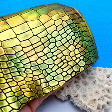 Super Thin Texture – Reptile Skin (OUT, 190×110)