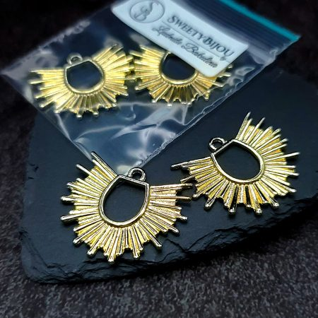 Pair of golden color half-sun charms for earrings